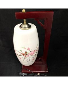 TABLE LAMP WITH PORCELAIN SHADE