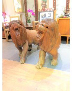 Wood Lion Sculpture Display
