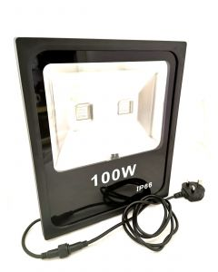 LED FLOOD LIGHT WITH REMOTE