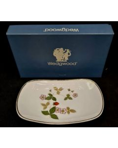 PLATE DISPLAY-OVAL/WHITE/FLOWER PRINT