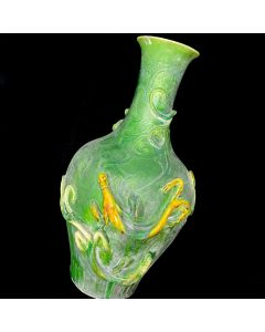 PORCELAIN VASE-LIZARD/GREEN 35CM