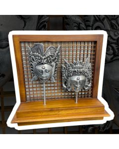 WOODEN & ALUMINUM 2 MASK DISPLAY 29CM X 26CM