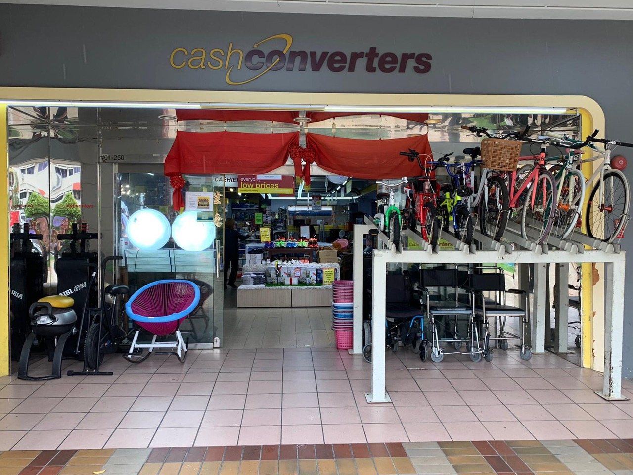 TAMPINES CASH CONVERTERS STORE